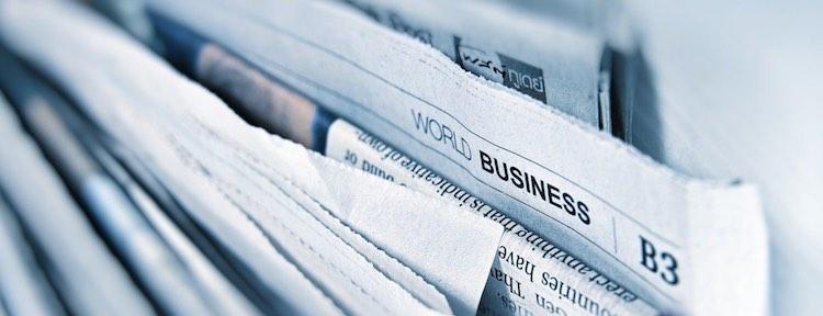 Dela ut tidningar och reklam för att tjäna pengar